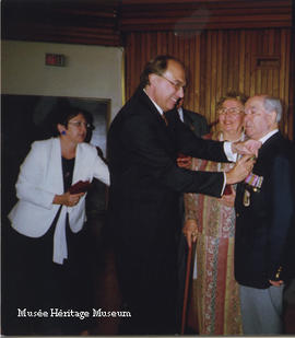 Aleksander Romanko receiving honour