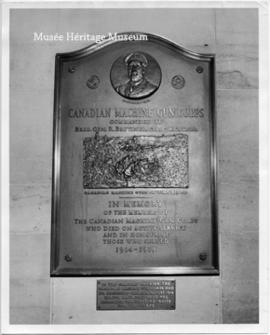 Plaque commemorating Brutinel and the Canadian Machine Gun Brigade