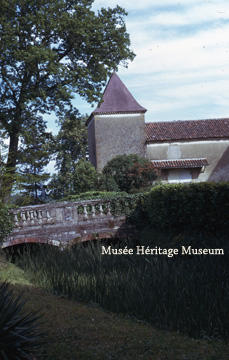 Exterior of Chateau du Couloume - Bridge